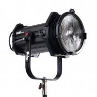 Fresnel à LED - Q8 Travel