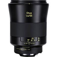 Optique Otus 55mm F1.4 - CF: 1,7 ft / 0,5m Zeiss