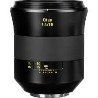 Optique Otus 85mm F1.4 - CF: 2,75 ft / 0,8m